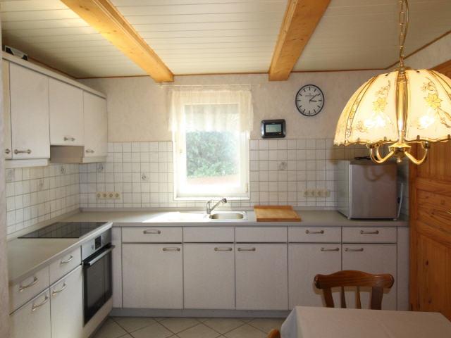 Kleines Fachwerkhaus mit Nebengebäude in Großenwörden